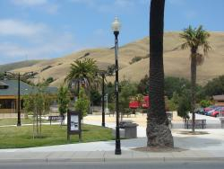 2012 USA, Niles Village