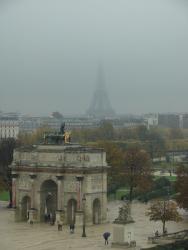2007 Paris, Tour Eiffel in the smog