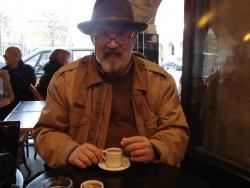 2007 Paris, enjoying the coffee